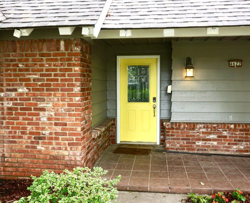 Midtown tulsa exterior paint job with yellow door dukes painting - Exterior paint jobs model ...